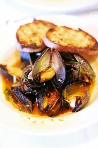 tall image - mussels